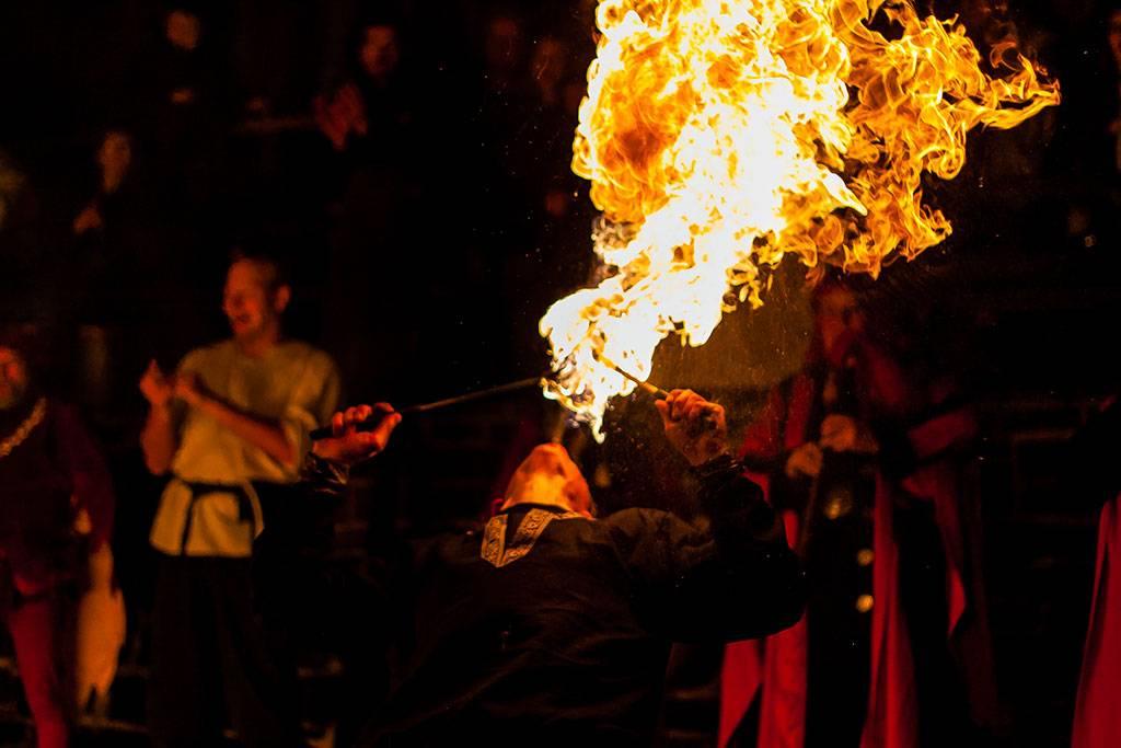 Feuershow zu Silvester